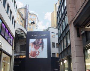 Ai nastri di partenza il flagship store italiano Victoria's Secret a Milano
